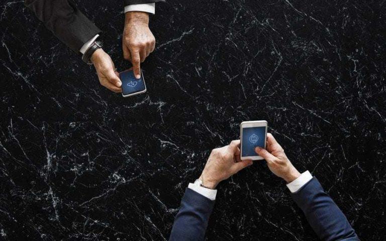 Trwa dobra koniunktura na rynku mobilnego internetu i usług dodanych w Polsce