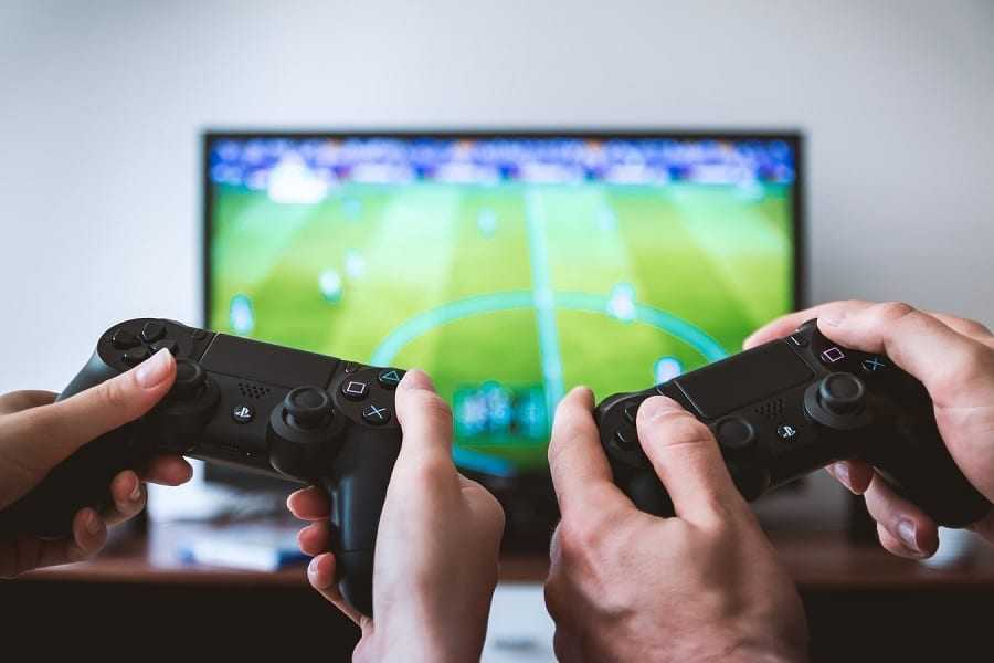 two-players-playing-tv