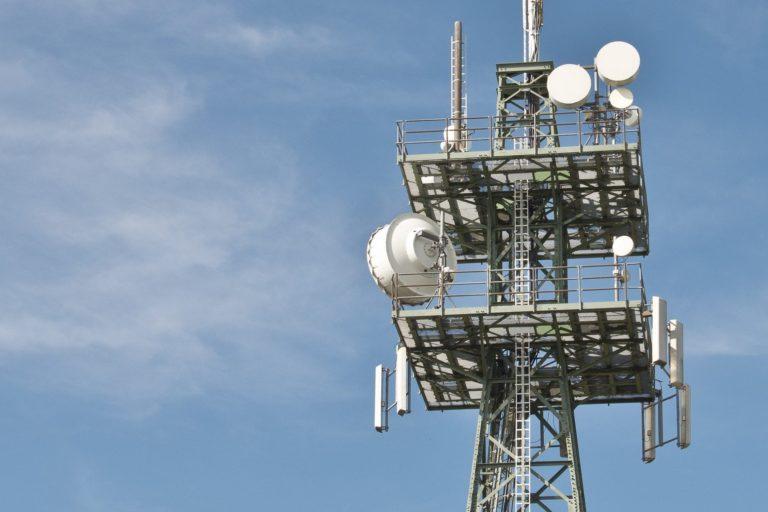 Wyższe normy PEM i start 5G w Polsce w 2020