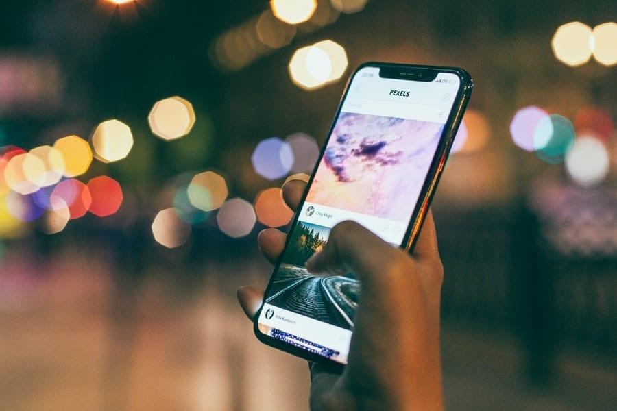 smartphones-sales-operators-channel