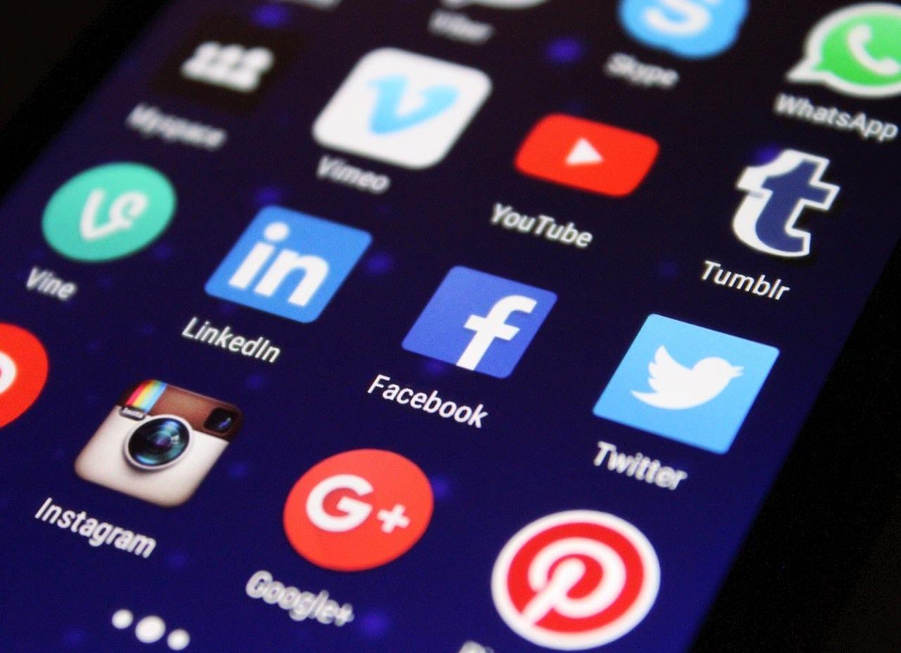 apps-blur-button