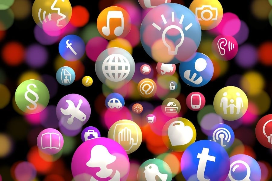 COVID-19-wzrost-ruchu-w-sieciach-telekomunikacyjnych
