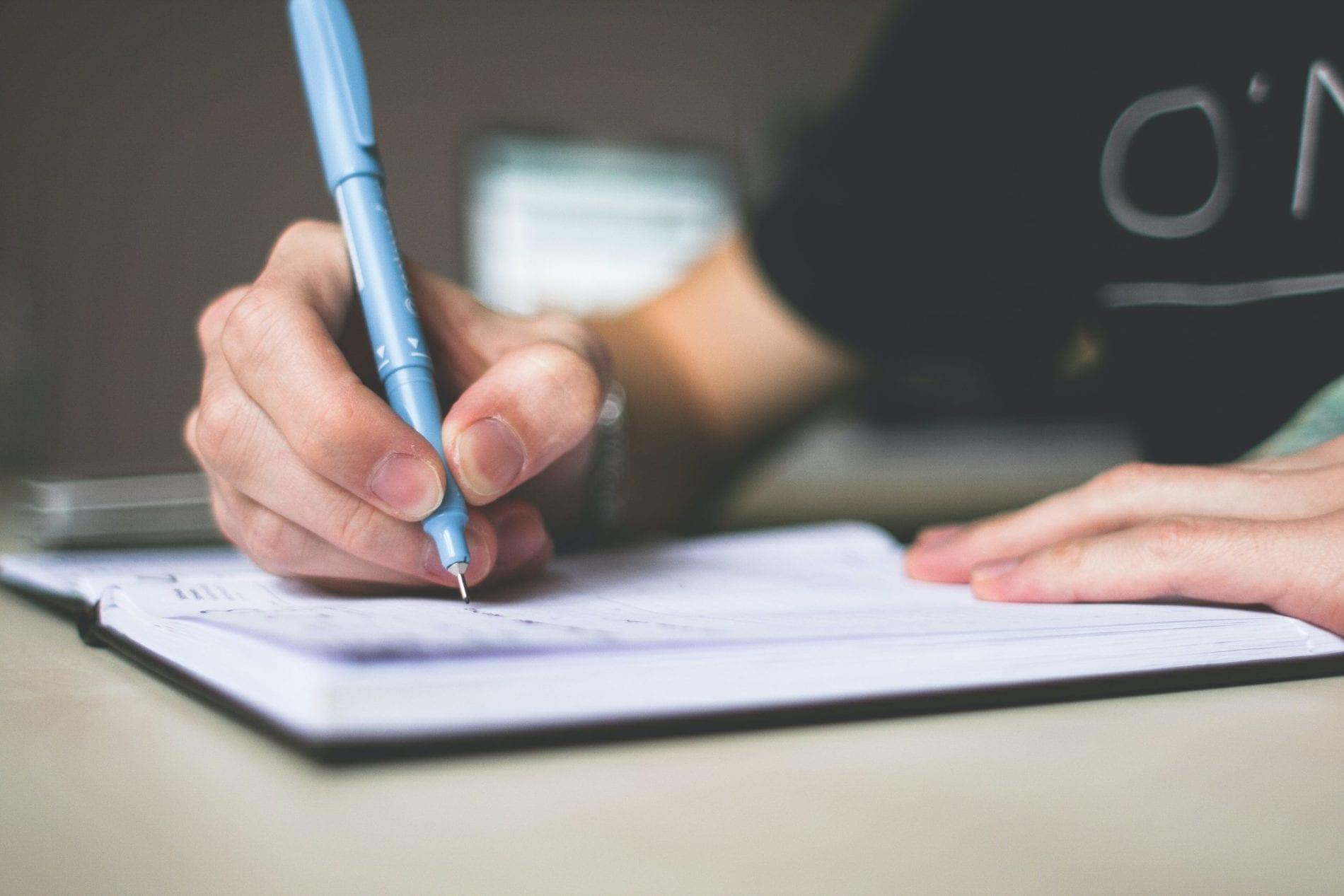 list-długopis