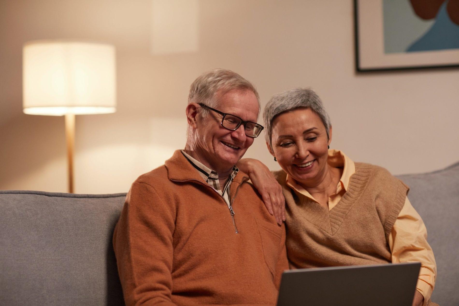 seniorzy - technologia