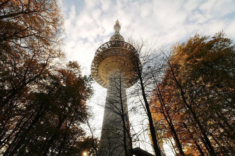wieża-telekomunikacyjna-operator